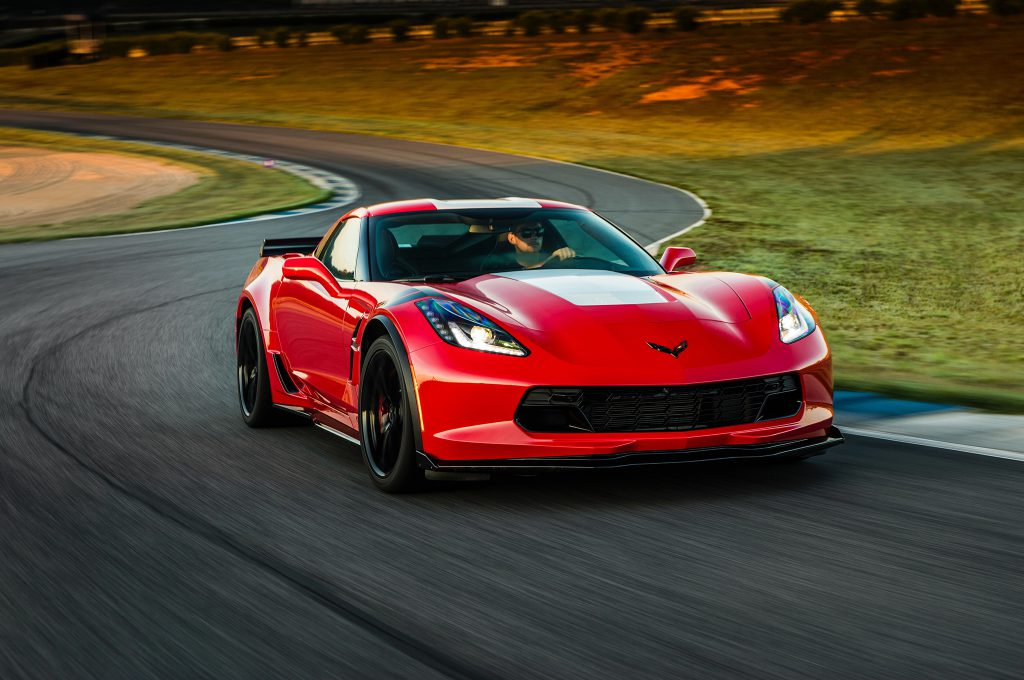 2017-Chevrolet-Corvette-Grand-Sport-front-in-motion-01